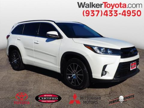 Certified Pre-Owned 2018 Toyota Highlander SE With Navigation & AWD